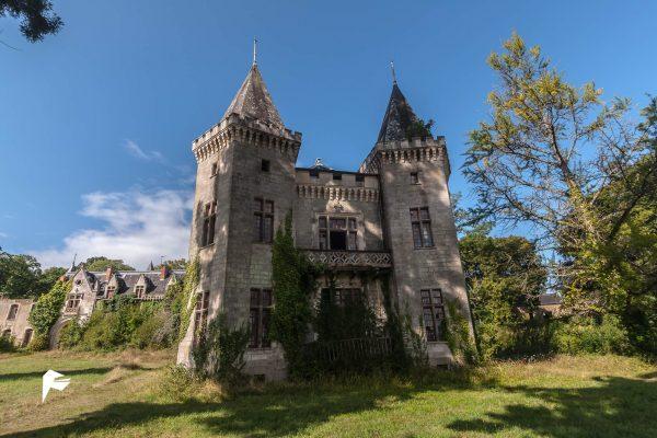Maritime castle