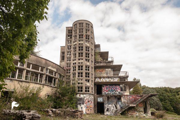 Concrete hospital I